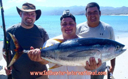 julio-cornejo-tags-gerardo-10-16-tuna